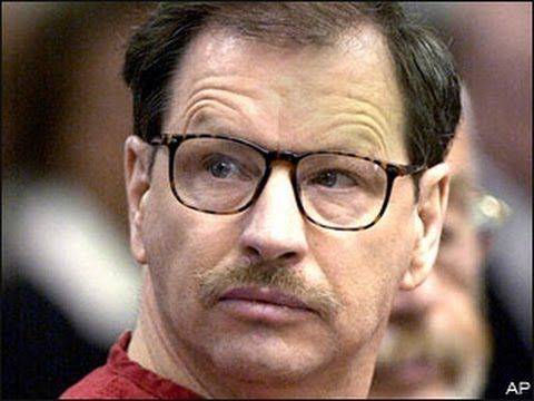 gary ridgway the green river killer Many of the bodies were then dumped along the banks of the green river, a 65-mile stretch of water due south of seattle that earned the killer his nickname in order to pick up his victims, ridgway would make small talk and show them photographs of his son.