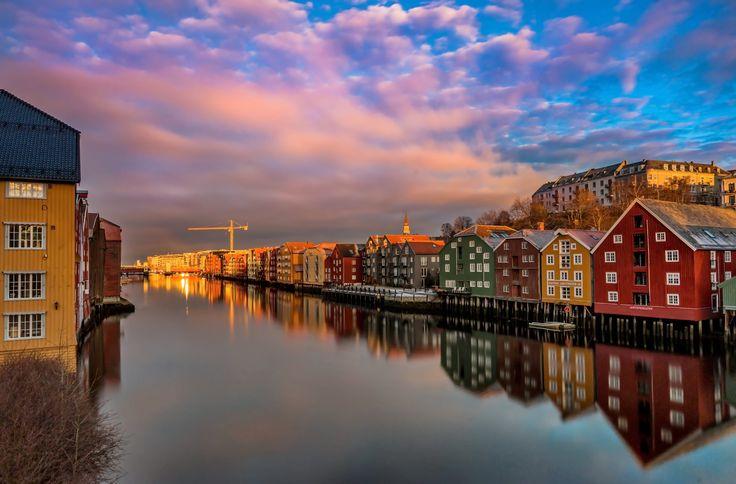 Over Gamle bybro Trondheim by Aziz Nasuti on 500px