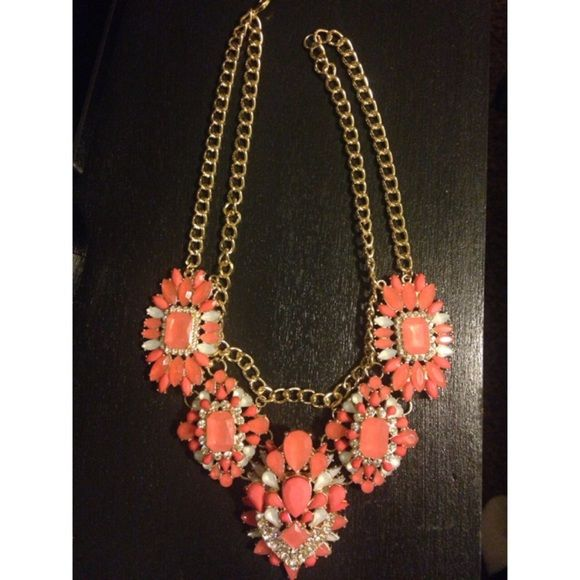 Coral colored necklace never worn very pretty i just do for Jewelry to wear with coral dress