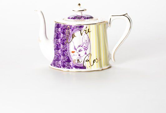 Teapot. inspired by Marie Antionette! #sweetdreamsmum #mumsgiftguide