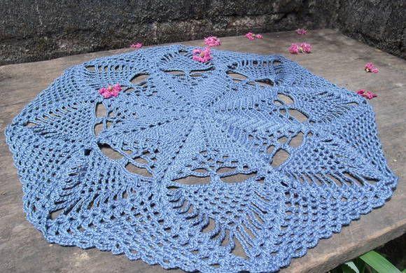 Hello Kitty Tapete Croche : Toalha redonda em croch? com 44cm de di?metro. Cor: azul petr?leo