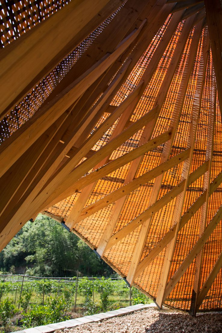 """Students """"reinvigorate"""" traditional bamboo weaving for Sun Room pavilion"""