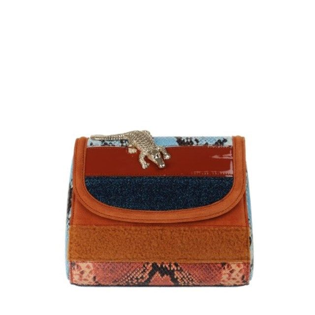 Amelie Pichard Clutch Klasik dan Menawan | Style.com Indonesia