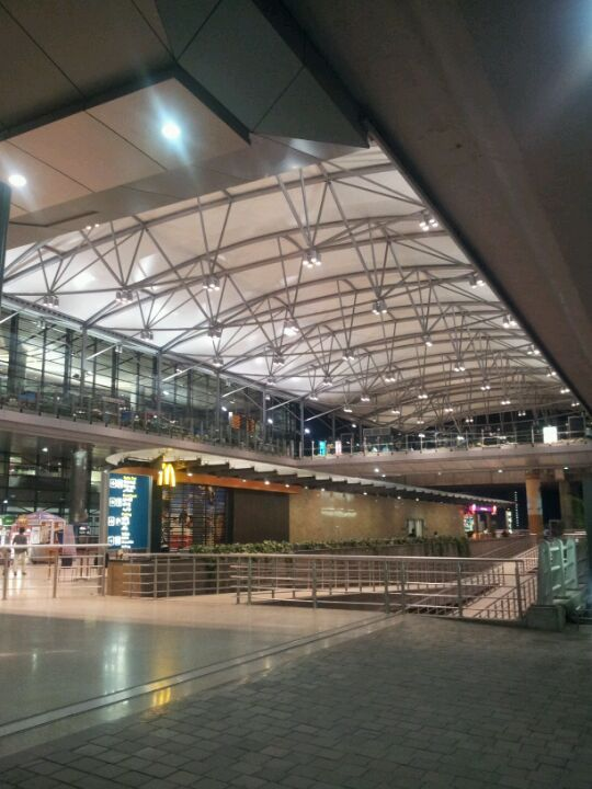 Rajiv Gandhi International Airport (HYD) in Hyderabad, Telangana http://travel.nationalgeographic.com/travel/best-trips-2015/?utm_source=Twitter&utm_medium=Social&utm_content=link_twt20141125top20trips&utm_campaign=Content&sf5966430=1#/taj-falaknuma-palace-hyderabad-india_85228_600x450.jpg