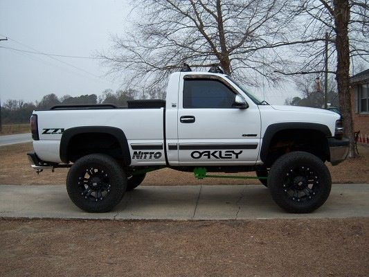 White Lifted Chevy Z71   ☀️Southern☀️   Pinterest   Chevy ...