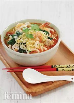 Seafood Ramen Kuah Tom Yam