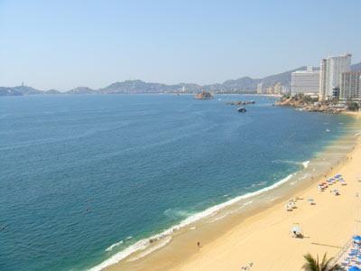 Despierta con el sonido de las olas en #Acapulco. | BestDay.com.mx #ofertas #BestDay #playa #OjalaEstuvierasAqui