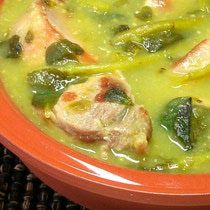 Carne de puerco con verdolagas en salsa verde, Mexico.