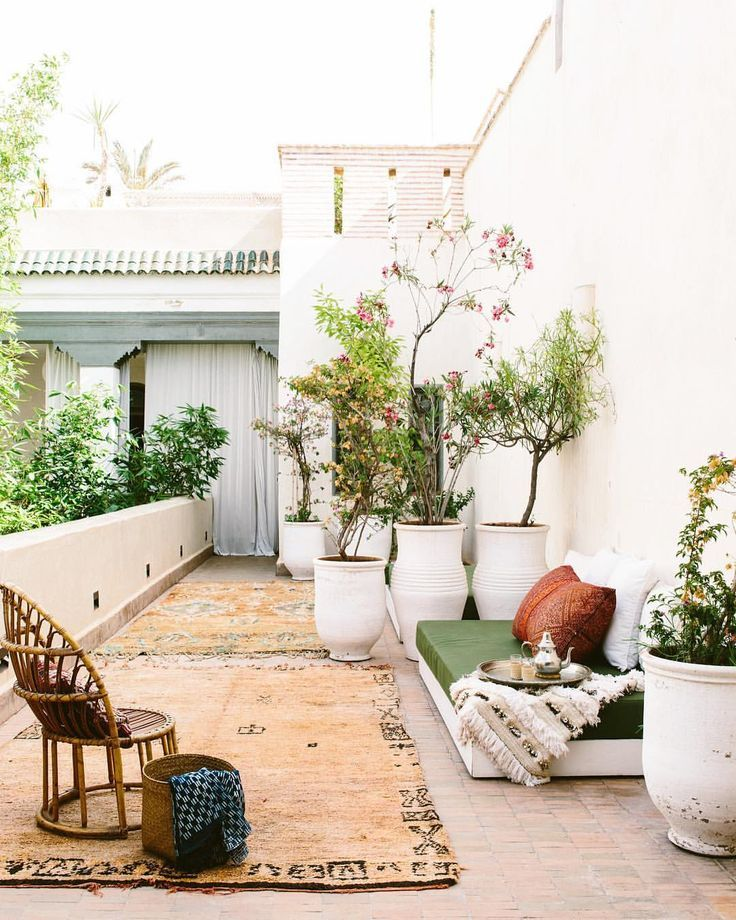 outdoor patio with potted plants