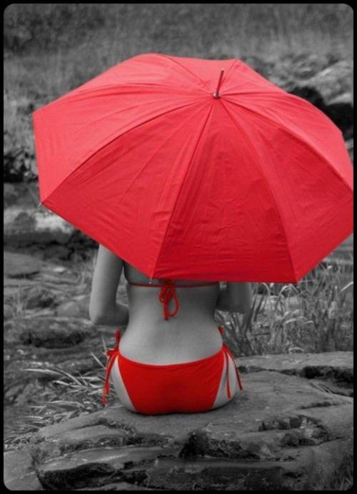 ::::ﷺ♔❥♡ ♤ ♤ ✿⊱╮☼ ☾ PINTEREST.COM christiancross ☀❤ قطـﮧ ⁂ ⦿ ⥾ ⦿ ⁂  ❤U •♥•*⦿[†] ::::Red umbrella selective photo