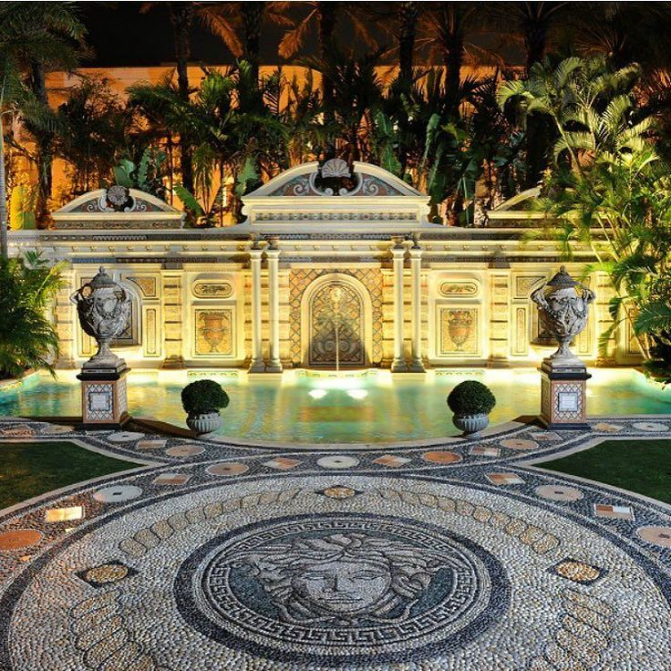 BEST HOTEL POOLS MIAMI BEACH (Summer 2017): When you want your pool day to be less swimming and more splendor the stunning Villa Casa Casuarina is the place to visit. You might know this place as the Versace Mansion.  Built in 1992 the 54-foot-long Million Mosaic Pool is lined with thousands of glittering 24k gold tiles. After youre done tanning grab a seat at Gianni's the propertys on-site eatery that will pamper you with delicious and worldly cuisine. 1116 Ocean Dr. Miami Beach