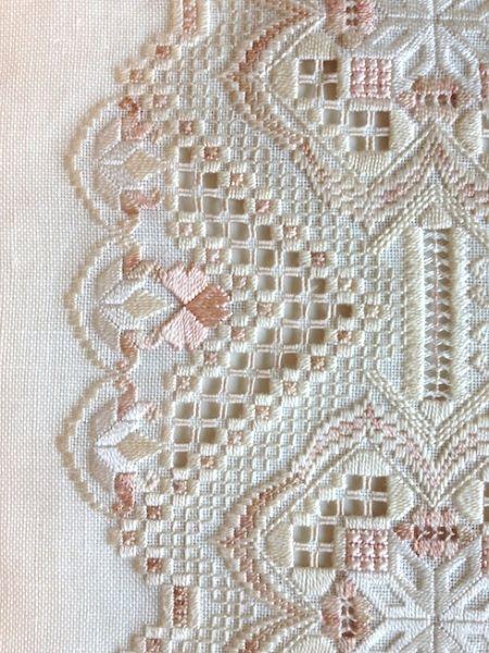 Ivory Blush - stitchin fingers