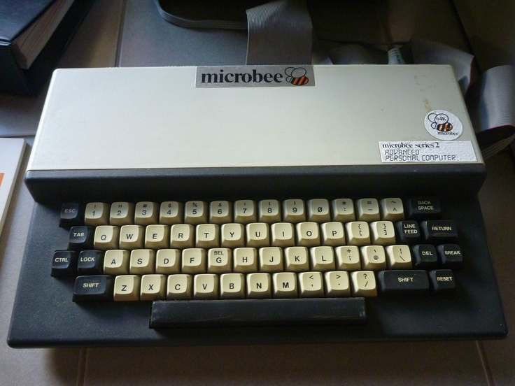Microbee Series 2 64K Computer Working w Drive Monitor Manuals and Software