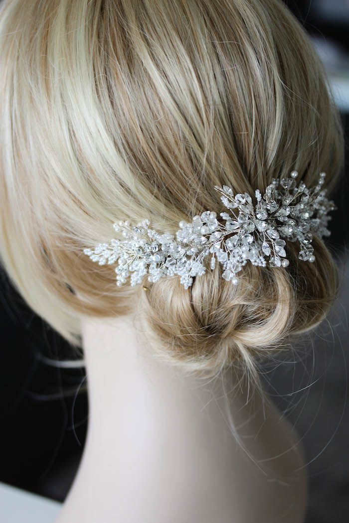 Refined Classics | A delicate silver wedding hair comb for Lena