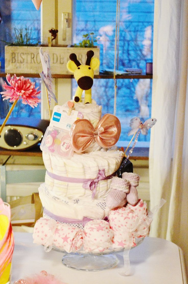 Baby shower diaper cake DIY