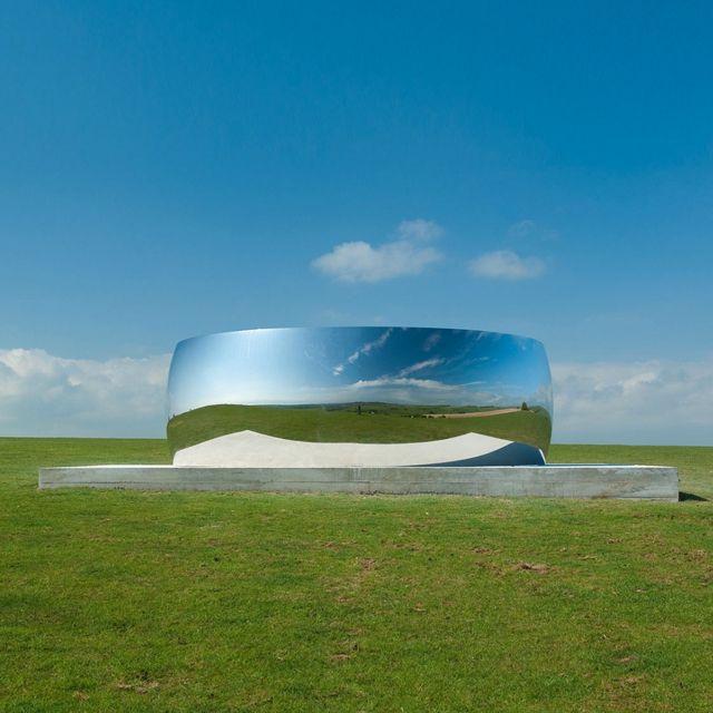 C-Curve Sculpture by Anish Kapoor