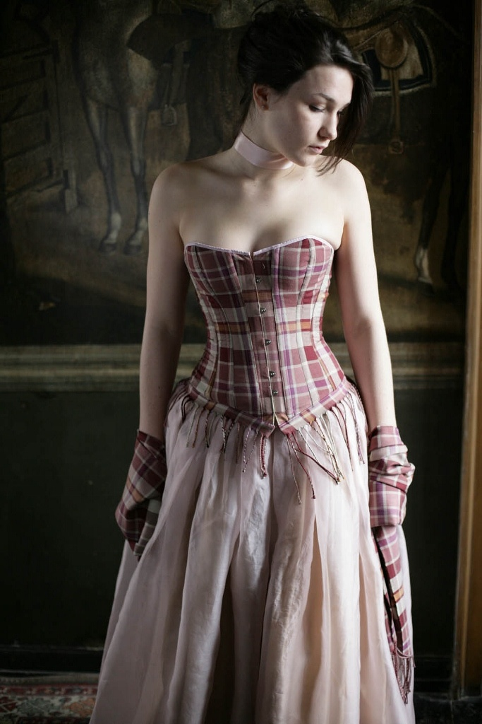 17 best images about corsets on pinterest blue corset for Scottish wedding dresses with tartan