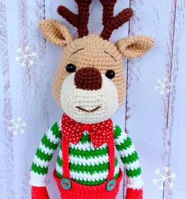 Cute crochet (amigurumi) reindeer toy - free crochet pattern // Amigurumi rénszarvas Rudolf baba (ingyenes horgolásminta) // Mindy - craft tutorial collection // #crafts #DIY #craftTutorial #tutorial #DIYToys #ToyMaking #HandmadeToy