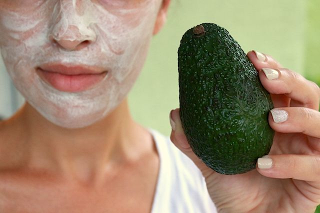 15 DIY All-Natural Beauty Remedies That Really Work   eHow  13. DIY a Mask for Any Skin Ailment Of the many amazing bath and beauty products your can make at home, face masks are exceptionally easy. Some of my favorite DIY masks have included ingredients like avocado and honey, things I always make sure I have on hand. These four homemade masks will give you glowing skin whether you have dull, dry or sun-damaged skin.