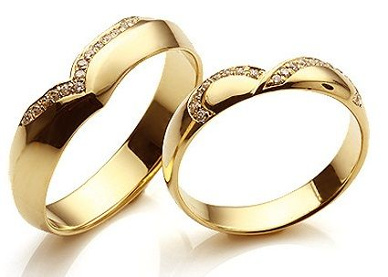 3f56d3d8e3 15 Matching Pair Couple Gold Rings Designs in India | Me | Gold ring ...