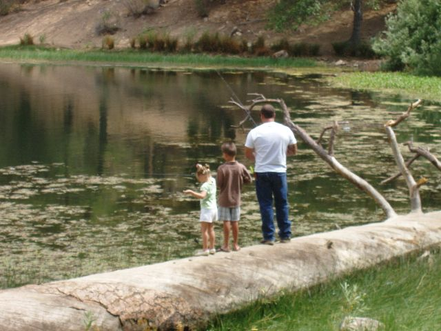 Family fishes at Jenks Lake in the San Bernardino National Forest