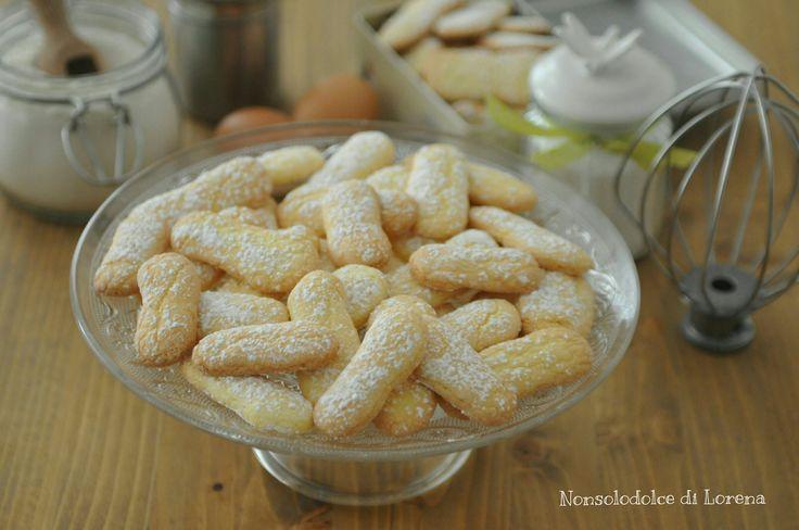 Biscotti simil Pavesini - sono dei deliziosi biscottini fatti in casa, simili a quelli industriali (molto conosciuti e apprezzati)...