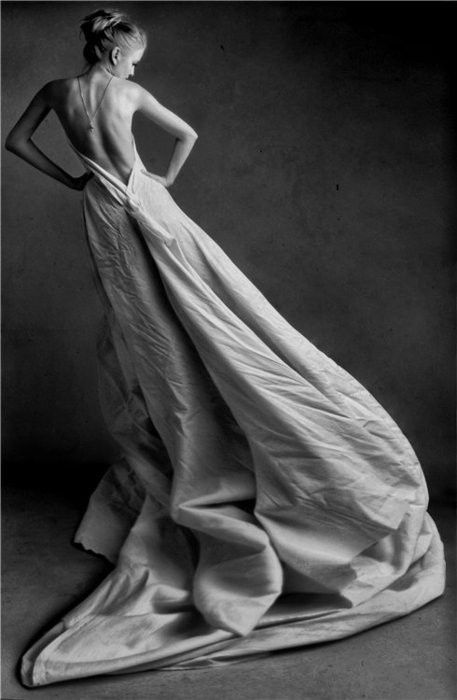 gorgeous.: Long Dresses, Wedding Dressses, Backless Dresses, Backless Gowns, Black White, Fashion Photography, Editorial Photography, Vintage Necklaces, The Dresses