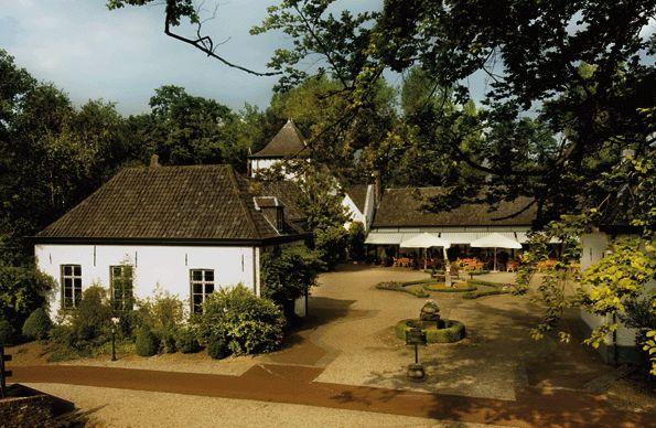 Kasteel Daelenbroeck - Hampshire Classic  http://www.historichotelsofeurope.com/en/Hotels/kasteel-daelenbroeck-hampshire-classic5914.aspx