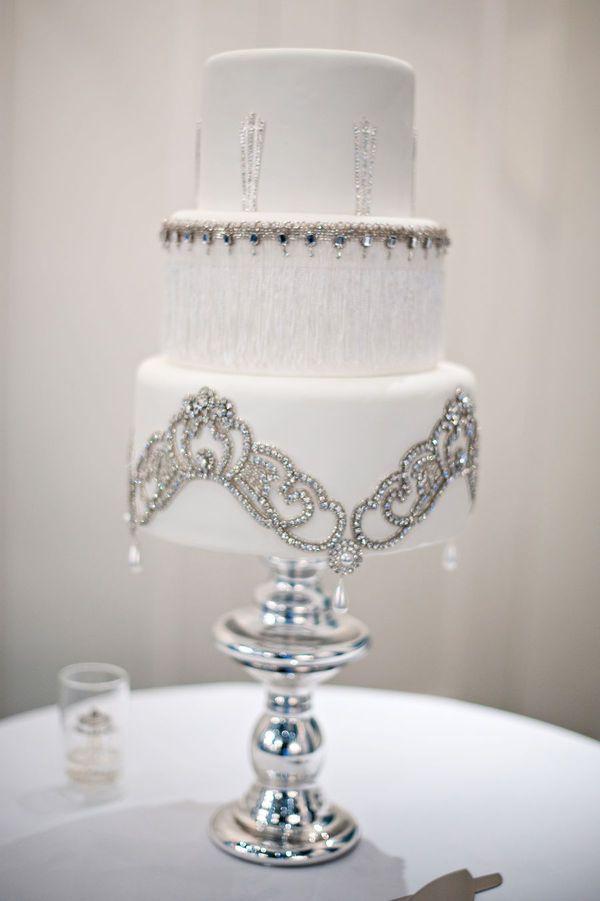 beautiful art deco cake