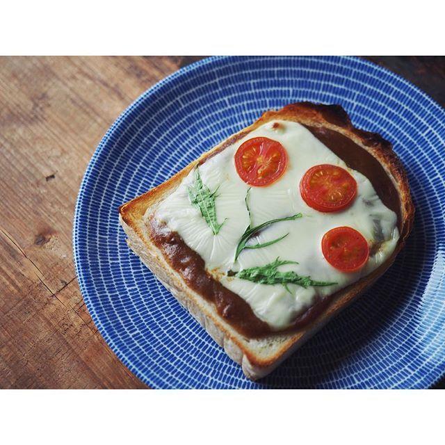 fujifab12 on Instagram pinned by myThings カレーのお花トーストで再告知☺️✨ 明日2/16火曜日、日本テレビ スッキリ‼︎のピンナップというコーナーで お花トースト紹介します(8:50〜の予定)  手元覚束ない(カメラ意識しすぎの下手くそスライス)&カミカミ&笑いすぎ…という残念な感じですが もし良かったらご覧になってください❤️ 自分なりのお花トーストの作り方紹介してます☺️✨ …こんなん言って放送されないパターンだったらごめんなさいスッキリは生放送につき、予定は未定パターンです  #お花トースト #トースト#パン#パン大好き#パンキチ#春#お昼ごはん#おうちごはん#lunch#bread#toast#flower#トースト#チーズトースト#お花#flowertoast#flowerbread #Paahtoleipä#happy##foodpic#feedfeed@thefeedfeed#管理栄養士#dietitian#トーストアート#toastart#アラビア#arabia24h#arabia24havec#カレー#curry