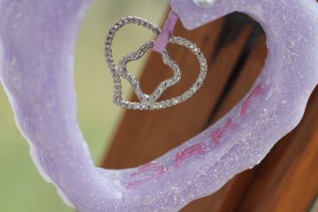 https://flic.kr/p/Net7tp   WISTERIA HEART TO HANG – MADE OF WAX   Wisteria heart to hang, made of wax. 100% natural essential oil with vanilla fragrance. It has milled sides and 3D recipient's name. It's decorated with a heart-shaped charm, a round rhinestone and a pink ribbon. It's suitable for all rooms and events. Size: 100 x 90 mm.  Handmade.  Read more:   www.ilmiomondoincera.com