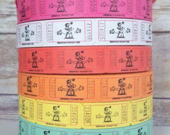 200 admitir uno boletos boletos de papel en letras, escoger tus Color carnaval entradas, decoraciones de fiesta de cumpleaños de béisbol, entradas  Elegir que color en el menú desplegable Opciones de color: Rojo, rosa, salmón, blanco, amarillo, azul, verde, naranja, mezcla de colores  Si desea una mezcla de colores, por favor dejarnos un mensaje cuando usted compra en cuanto a colores y colores cuántos de los que usted le da.  Uso para: Weddding recepciones, reuniones, fiestas  Tan…