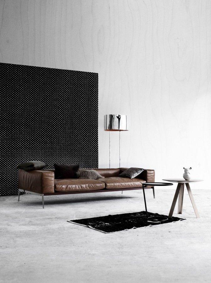 RUM - tones of autumn: Interior Design, Living Rooms, Leather Couch, Leather Sofa, Interiors, Livingroom, Interiordesign, Furniture, Space