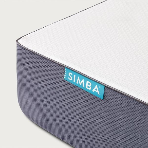 De perfecte combinatie van visco-elastisch traagschuim met de diepe ondersteuning van 2,500 pocketveren. Hét allerbeste matras voor een optimale nachtrust.