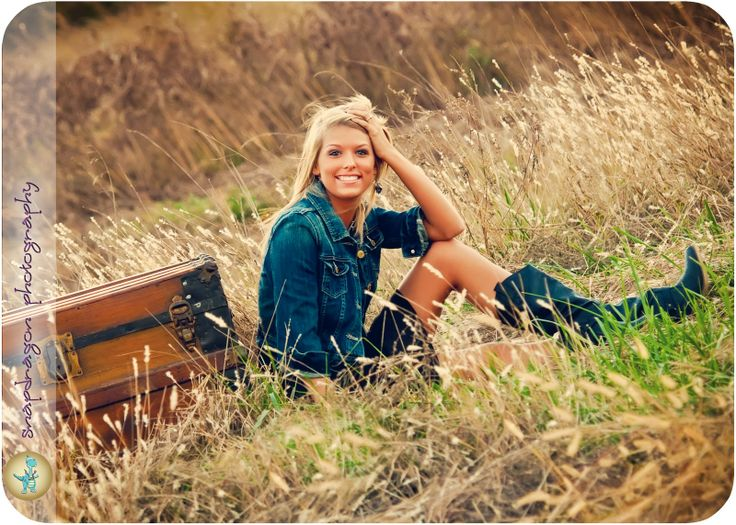 Country Senior Photography Ideas | Snapdragon Photography: Mackenzie | Berryhill High School Senior