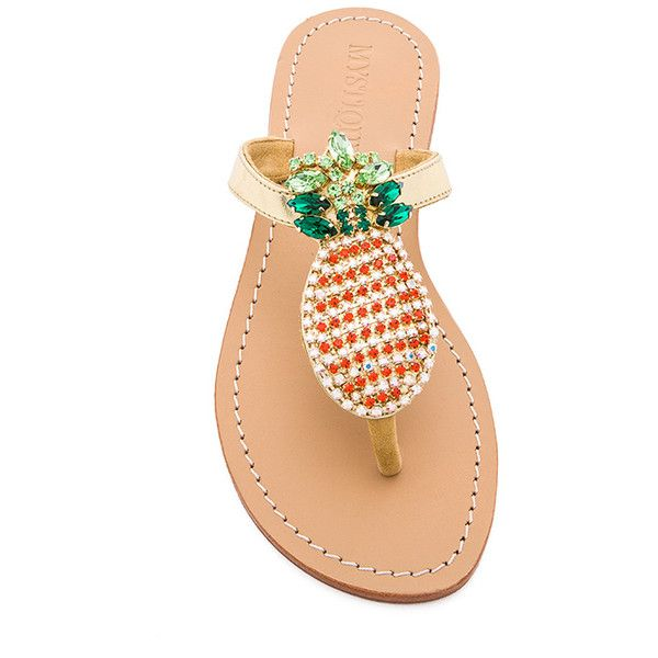 Mystique Pineapple Sandals (295 BRL) ❤ liked on Polyvore featuring shoes, sandals, pineapple, pineapple print shoes, pineapple shoes, leather sole shoes, pull on shoes and slip on shoes