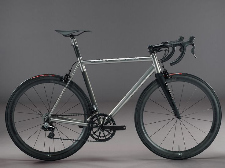 No 22 Bicycles: Reactor Ti and Carbon Road Frames in Stock