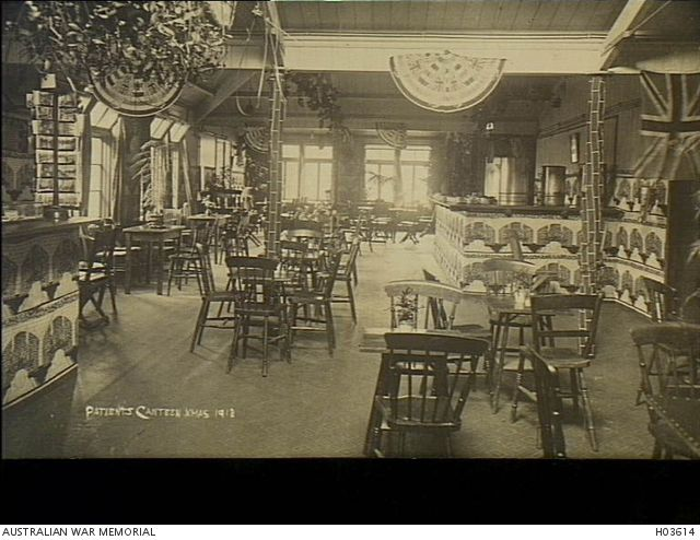 Harefield, England. 1918-12-25. The patients' canteen at No 1 Australian Auxiliary Hospital decorated for Christmas.