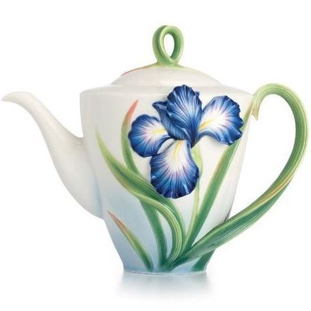 This lovely Franz Collection Eloquent Iris Porcelain Teapot exemplifies the beauty, craftsmanship and reverence for nature that define Franz Porcelain.