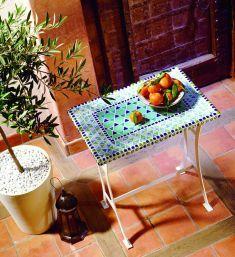 25 best ideas about mosaiktische auf pinterest mosaik tischplatten mosaik und mosaikfliesen. Black Bedroom Furniture Sets. Home Design Ideas