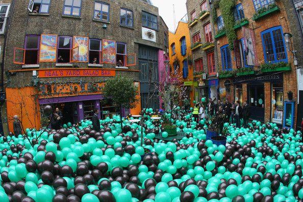 10000 baloon release....