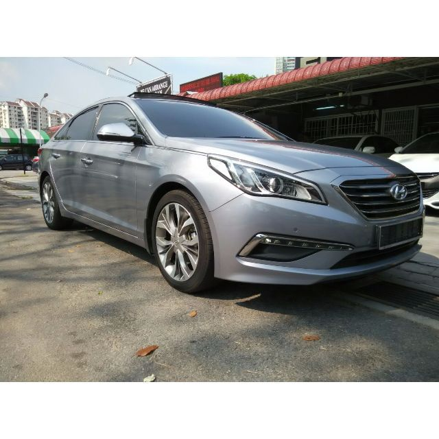 Brand -------- HyundaiModel -------- Sonata 2.0Year ---------- 2014Engine ------- 1,999 ccPower -------- 154 bhpTorque ------- 194 NmFor more info or test drive,Please do not hesitate to call or Whatsapp our specialistMines Lee @ 012-5599788Or please visitwww.carlist.my/dealer/ecogreenautosdnbhdfor more cars.
