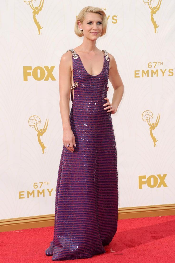 80 best Photocall y Red Carpet images on Pinterest | Burgundy rugs ...