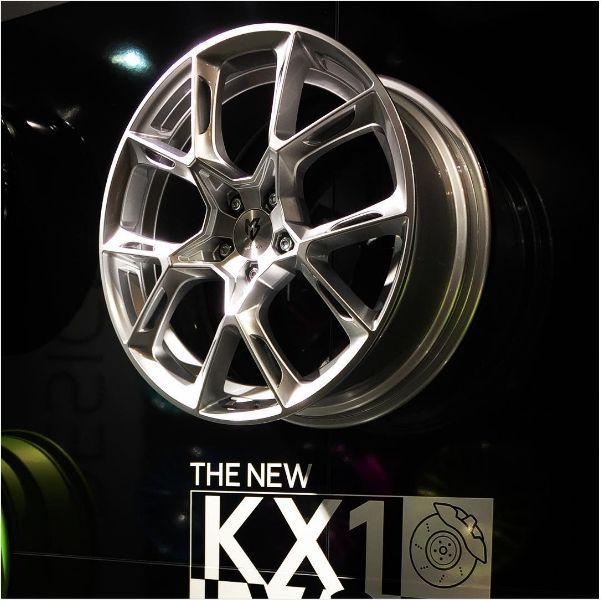 mbDESIGN KX1 Felge - kovexes Design Version 1 auf der Essen Motor Show