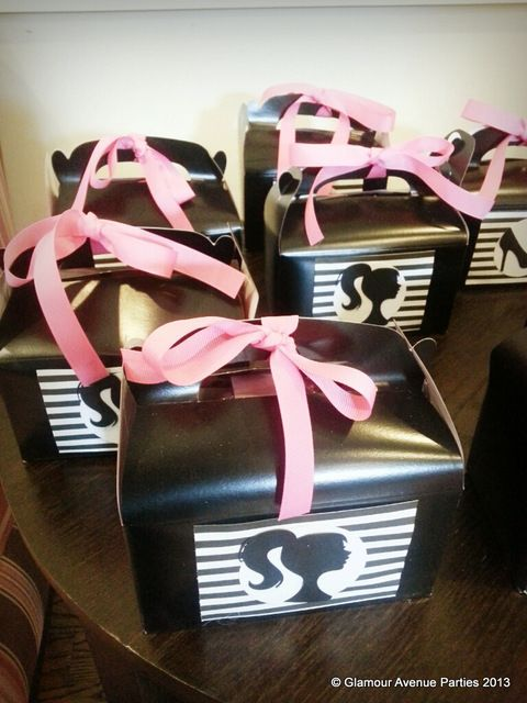 Favors at a Barbie Party #Barbie #partyfavors  Like these boxes TOO!!!