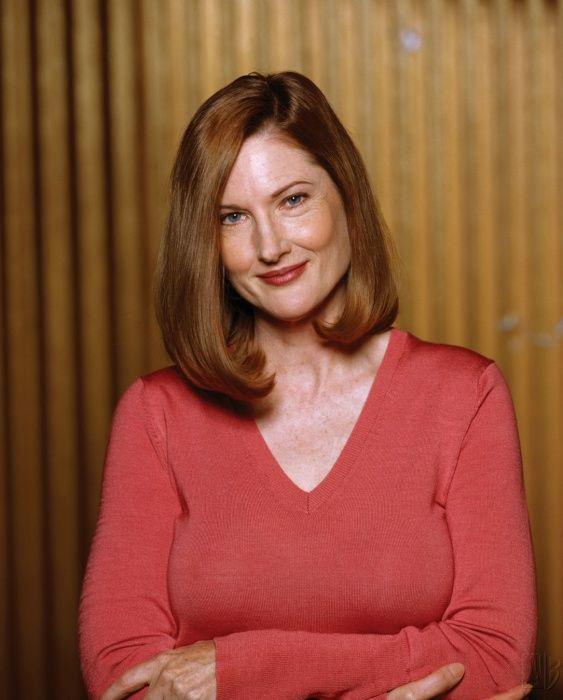 Smallville Season 2 Promo - Annette O'Toole as Martha Kent