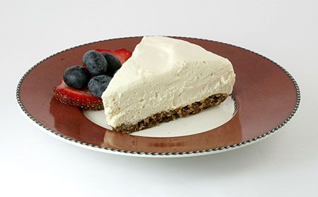 """#Low Carb #No Bake Cheesecake Recipe! This delicious """"ice box"""" cheesecake is insanely easy, almost no carbs and gluten free. Less than 1 net carb per serving."""