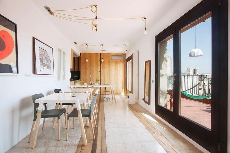 Regardez ce logement incroyable sur Airbnb : Your own little Hotel - 8 People - Appartements à louer à Barcelone