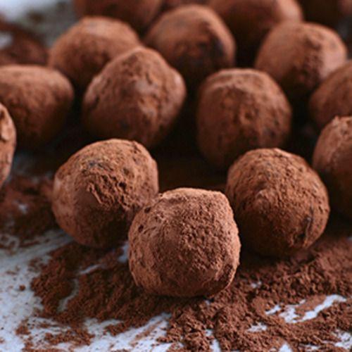 Onesimus42 - Phyllis Logan's chocolate truffles - Dementia UK