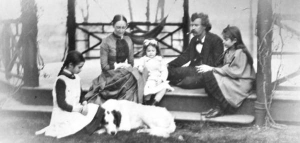 By United Press International On Dec. 24, 1909, Miss Jean L. Clemens, younger daughter of Mark Twain, was found dead in a bath tub at the…